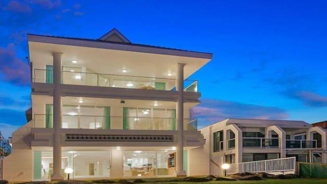 Blue Gold Coast mansion sold for $6 million