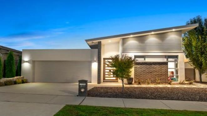 Canberra median prices goes to $700,000 for the first time