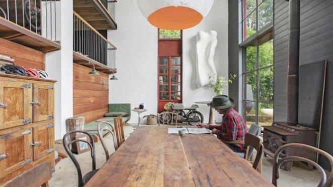 Sculptor Paul Begg lists Blue Mountains home