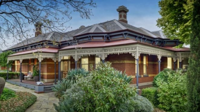 Former Kew home of Sir Robert Menzies sold pre-auction