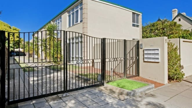 Adelaide trophy home sells at $1.6 million