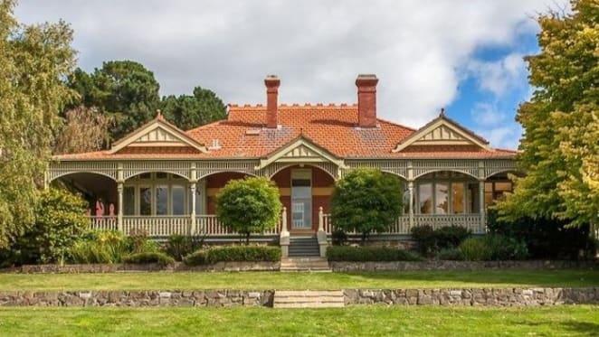 Tasmanian Federation home, Cooinda for sale