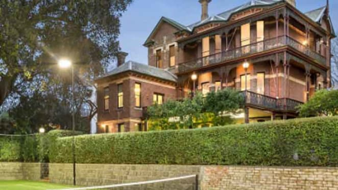 Period South Yarra trophy listed