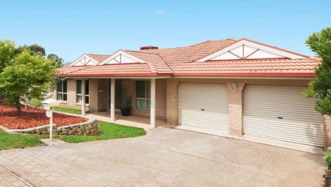 Canberra house market in decline: HTW's March 2017 property clock