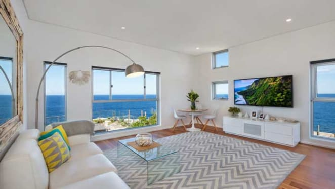 Neighbouring beach pad to actor Simon Baker listed