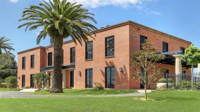 Berry farm sold by Macquarie Group banker David Roseman