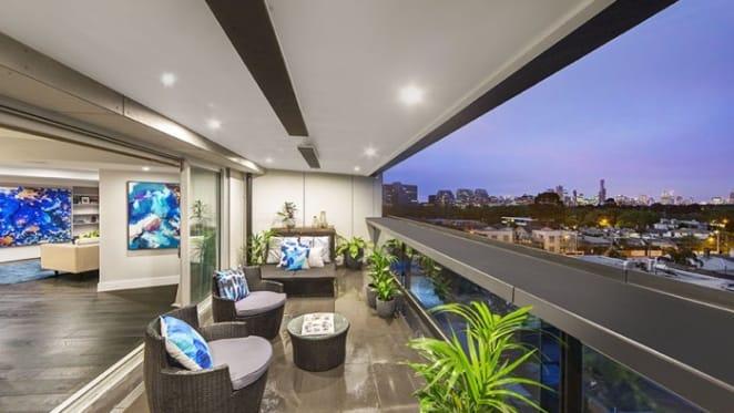 Block South Yarra apartment investor seeks 4.6 percent rental yield