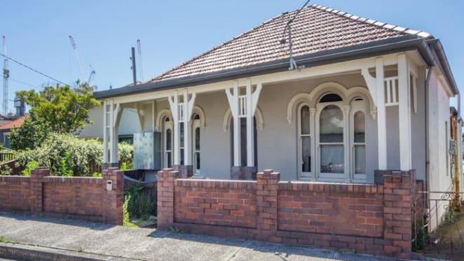 Bondi Junction boarding house sold for $2.9 million