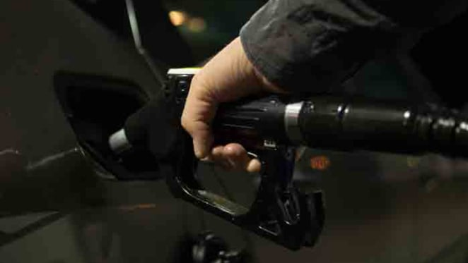 Lowest Easter petrol prices in 11 years offer defacto rate cut: CommSec's Craig James