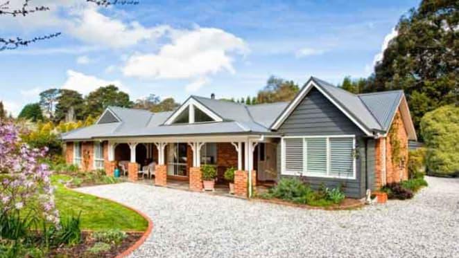 Burradoo house listings halve: Investar