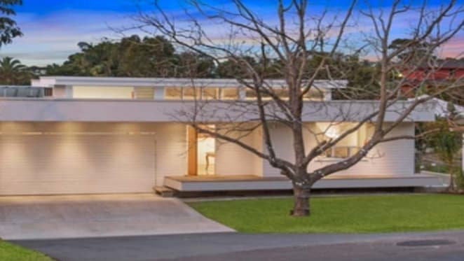 Isay Weinfeld inspired contemporary Byron Bay offering
