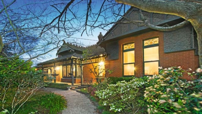 Camberwell Queen Anne style auction offering