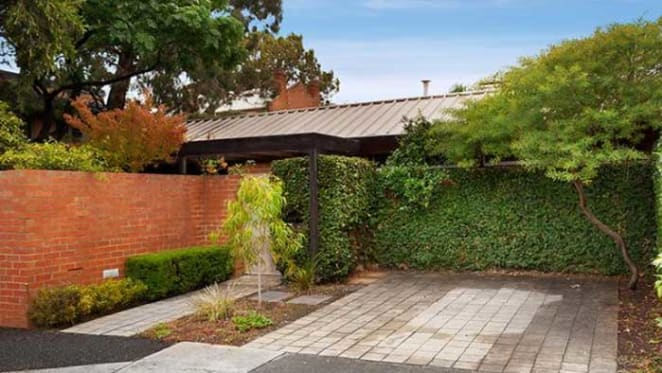 Carlton terrace listed with hopes above $2 million