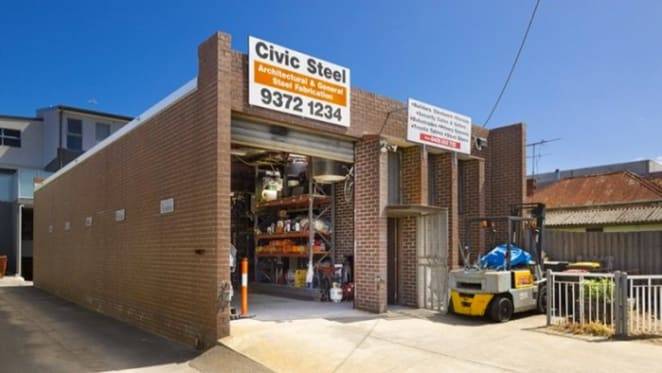 Melbourne CBD fringe warehouse sells on 2.4% retail yield