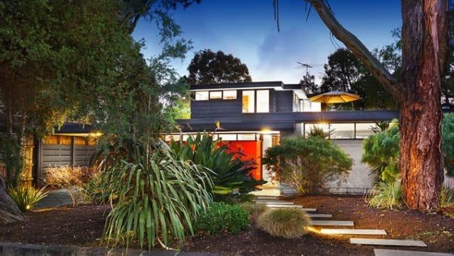 Modernist 1962 Beaumaris trophy home sold at $1,575,000