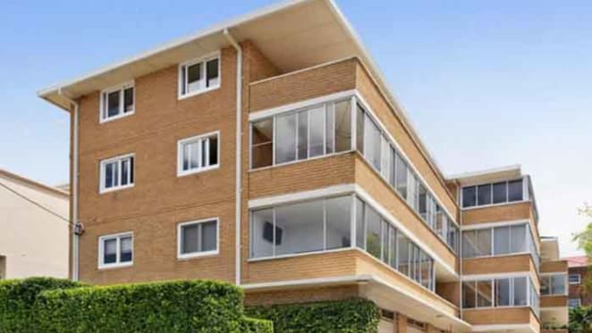 Former Masterchef contestant buys Coogee apartment