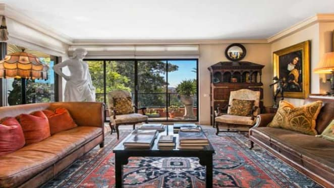 Art collector John Schaeffer selling whole-floor Darling Point apartment