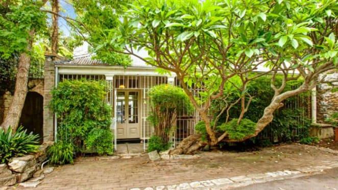 1830s Darlinghurst stone cottage, The Retreat for sale