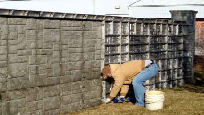Property 101: Who repairs fences dividing neighbours in a strata scheme?