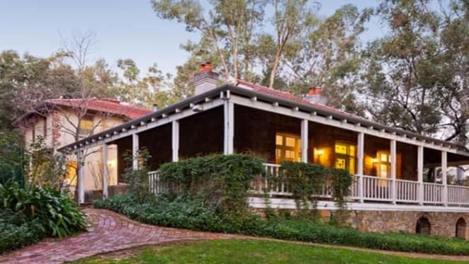 Glen Forrest stone home hits the market
