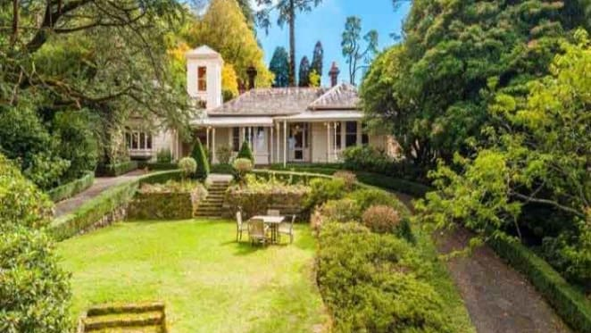 Peter Fox buys Mount Macedon's Penola estate