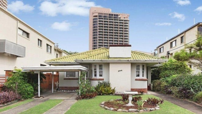 Rare Surfers Paradise home auction offering