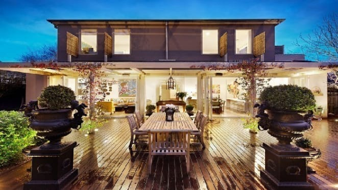 Hawthorn East trophy home offer