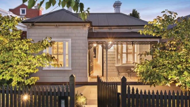 Long weekend auctions subdued ahead of June boost