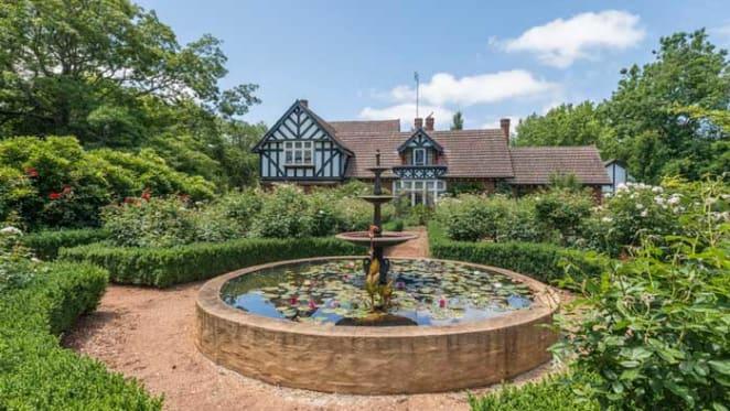 John Hewson's Southern Highlands estate passed in no bid