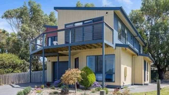Apollo Bay is Victoria's slowest selling property market: Investar