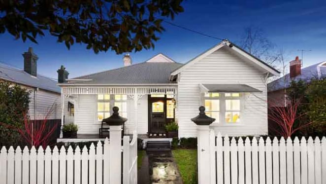 Jarrad Waite gets $200,000 over reserve for Edwardian Moonee Ponds cottage