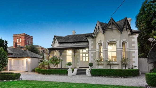 John Beswicke-designed Kew home offering