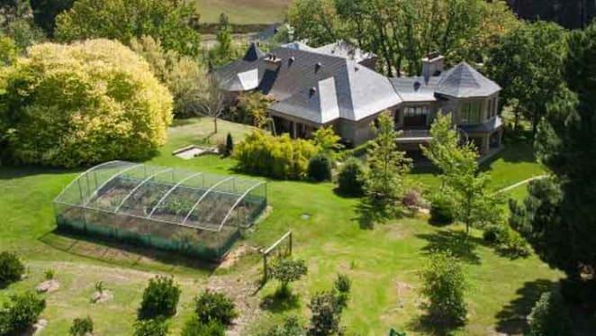 Adelaide Hills trophy home, Heathfield sold
