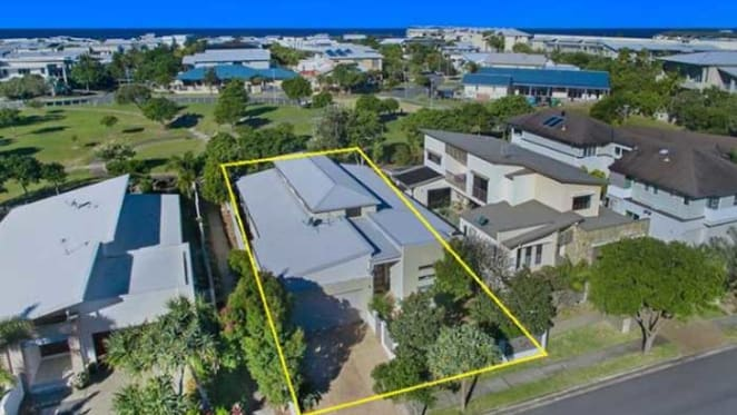 Gas industry veteran Richard Cottee lists Kingscliff investment home