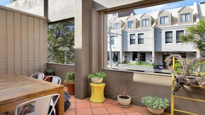 Liz Ellis yet to sell Surry Hills investment