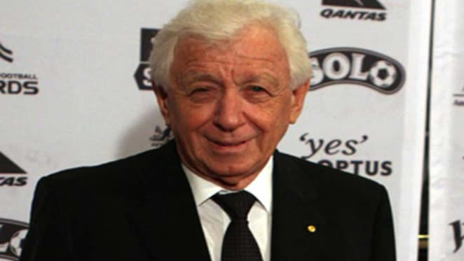 Frank Lowy to retire as chairman of Scentre Group