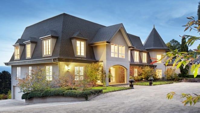 Derriweit, Mt Macedon up for sale at $3.75 million plus