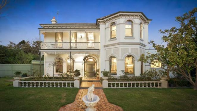 Trophy home Ulverstone at Ripponlea for October 18 auction
