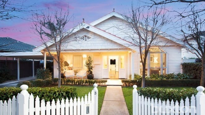 Designer McKinnon cottage sells at $1,705,000