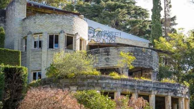 1930s Mosman timewarp mansion sold