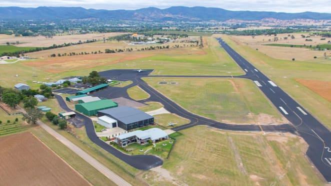 Mudgee hotel has its own hangar