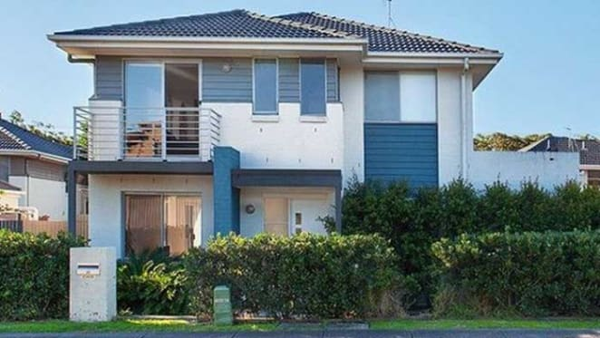 Former wicket-keeper Brad Haddin sells Nelson Bay investment