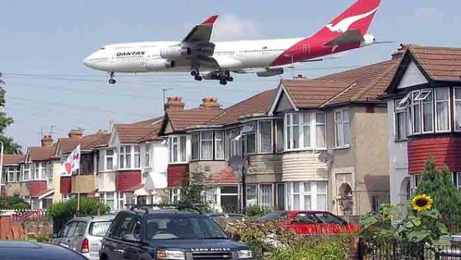 Urbanisation, quality of life and noise: Secret Agent