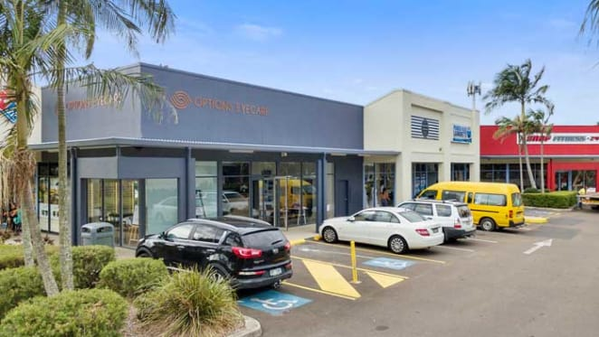 Noosaville retail property sells under the hammer for a yield of 6.5%