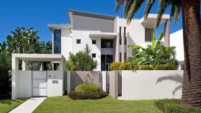Clive Palmer lists a Sovereign Islands investment