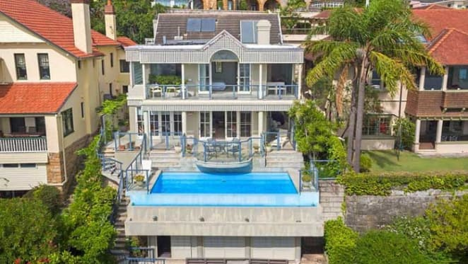 Sidwell family buys in Point Piper on Wyuna Road, Point Piper