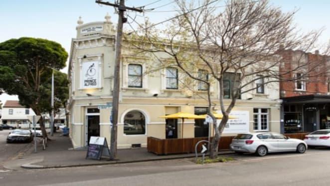 Investor takes Port Melbourne hotel with $2.89m bid