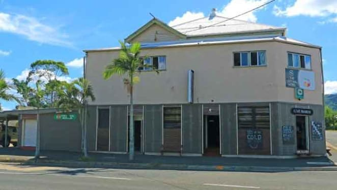 Rockhampton hotel with bar changes hands for $200,000