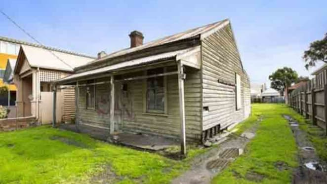 Rotting heritage-listed house site in Melbourne's Richmond back on market