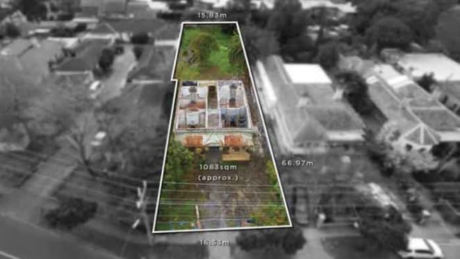 Roofless house fetches $2.8 million